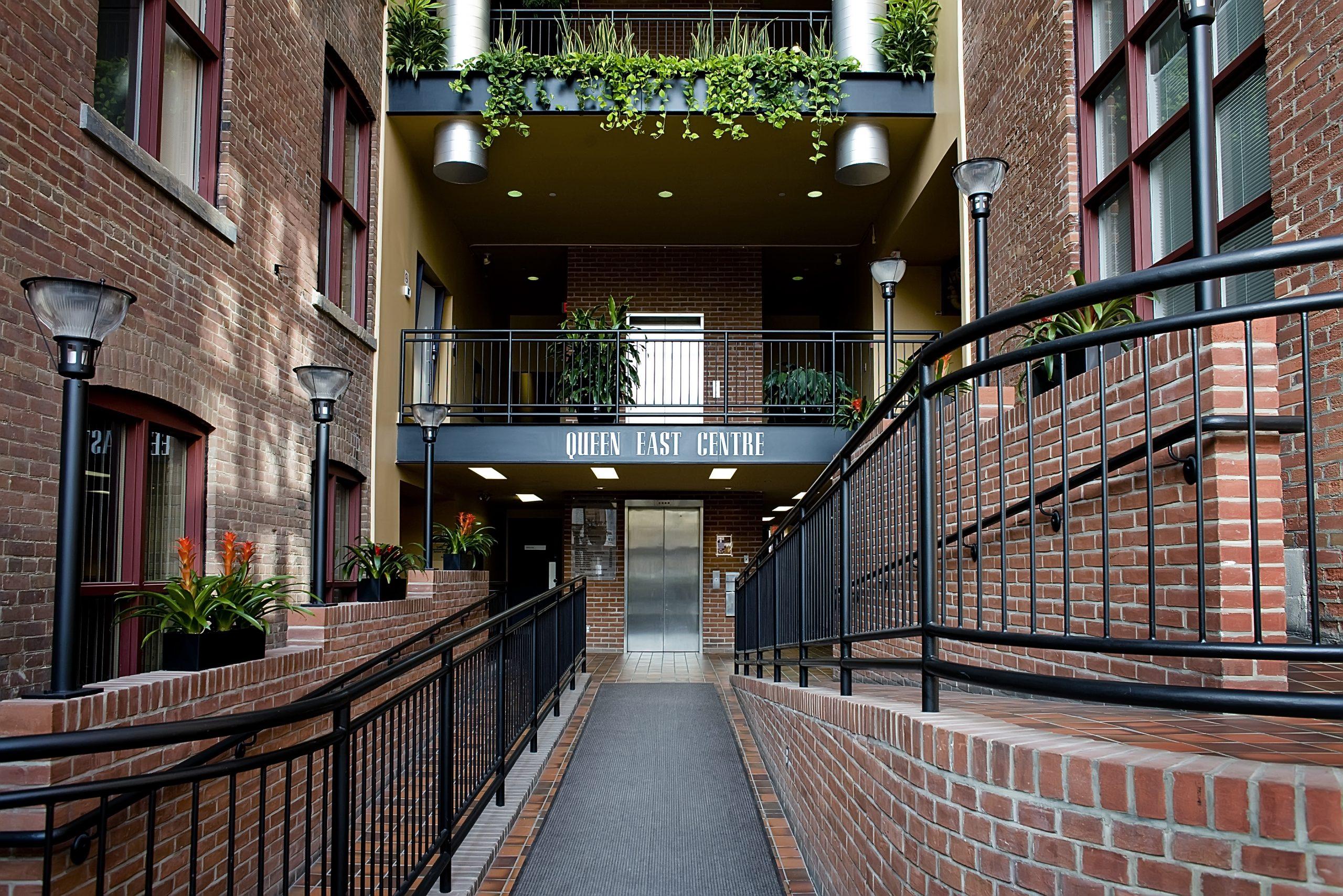 550 - 554 Queen Street East